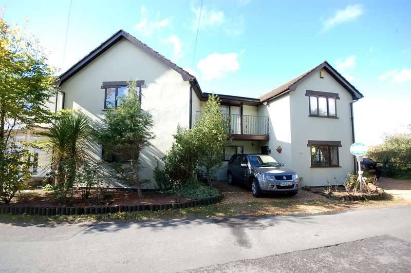4 Bedrooms Detached House for sale in Mill Lane, Staining