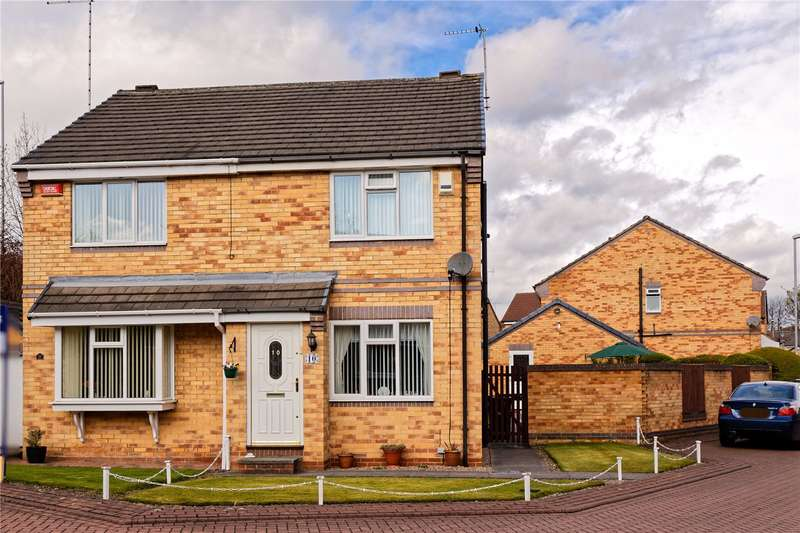 2 Bedrooms Semi Detached House for sale in Martindale Drive, Leeds, West Yorkshire, LS13