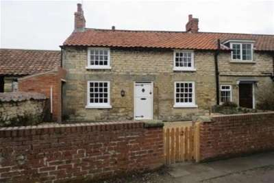 2 Bedrooms Cottage House for rent in Chapel Lane, Thornton Le Dale