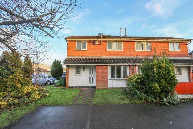 2 Bedrooms Semi Detached House for sale in Winchester Close, Rowley Regis, B65