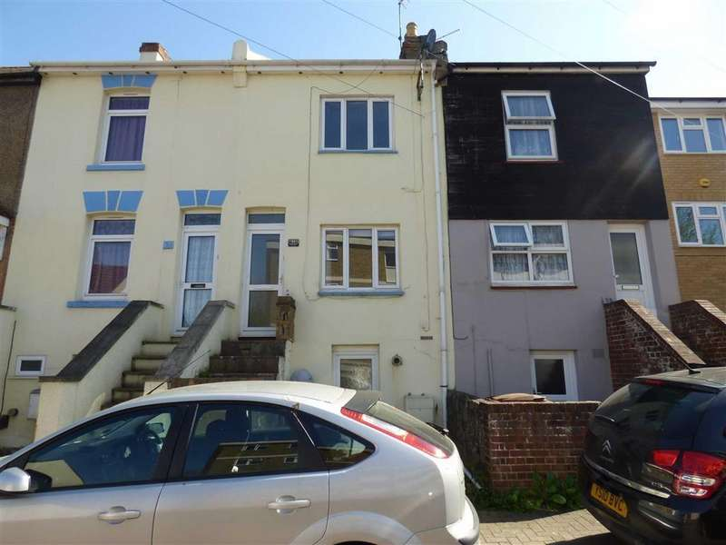 2 Bedrooms Terraced House for sale in Kings Road, Chatham