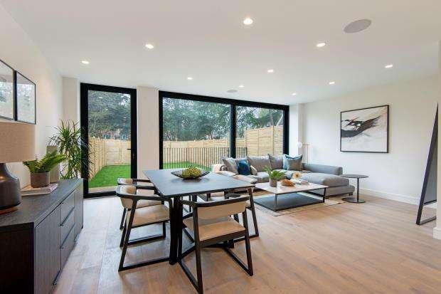 3 Bedrooms Maisonette Flat for sale in Eastern Road, Fortis Green, London, N2