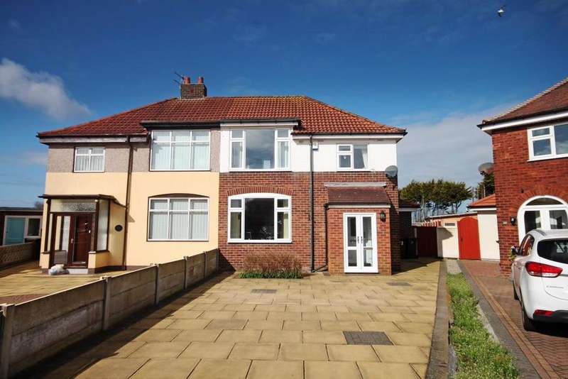 3 Bedrooms Semi Detached House for sale in Ansdell Grove, Southport