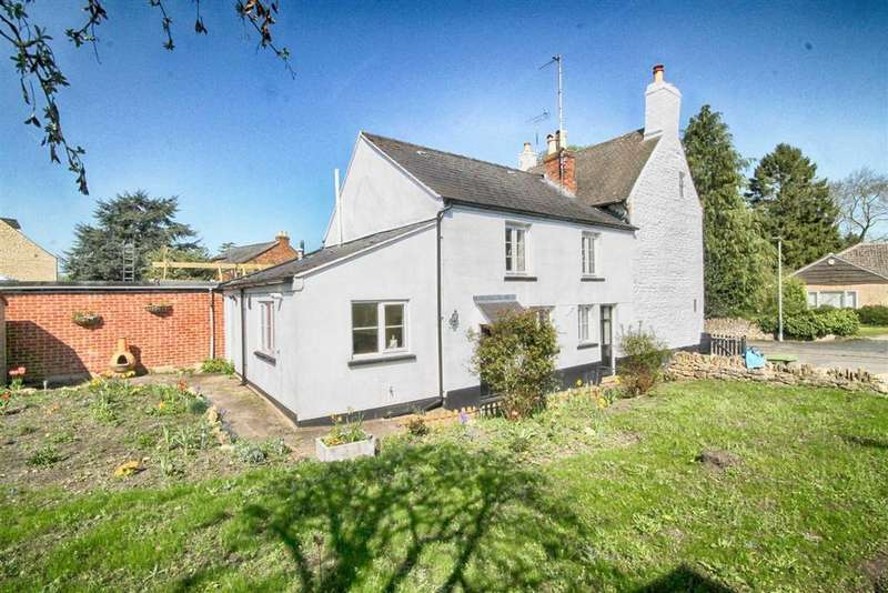 2 Bedrooms Semi Detached House for sale in Mill Street, Prestbury, Cheltenham, GL52