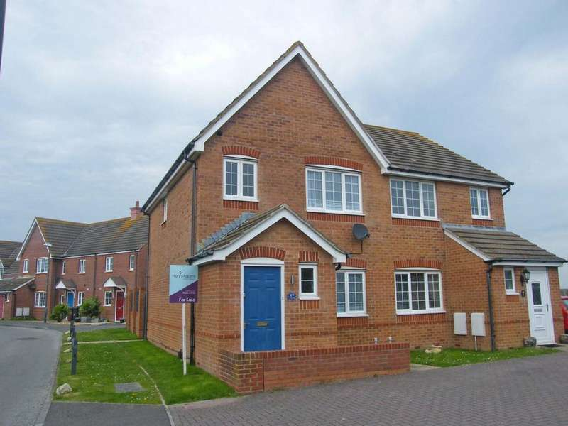 3 Bedrooms Semi Detached House for sale in Tide Way, Bracklesham Bay, PO20