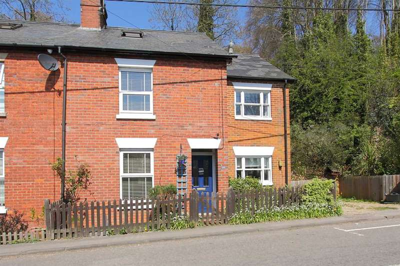 3 Bedrooms Semi Detached House for sale in Character Home with Loft Conversion