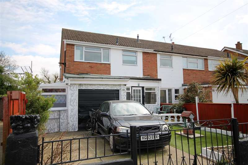 3 Bedrooms House for sale in Knox Road, Clacton on Sea
