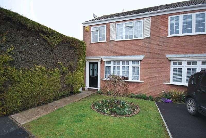 3 Bedrooms Property for sale in Hencliffe Way Hanham, Bristol
