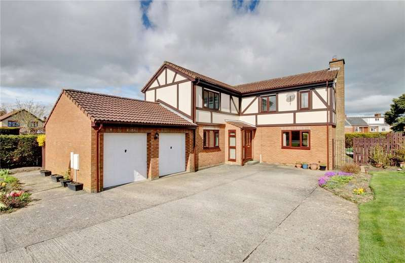 4 Bedrooms Detached House for sale in Castlegarth, Spennymoor, Middlestone Moor, DL16