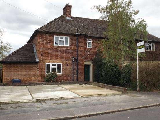 3 Bedrooms Semi Detached House for sale in Heath End, Farnham, Surrey