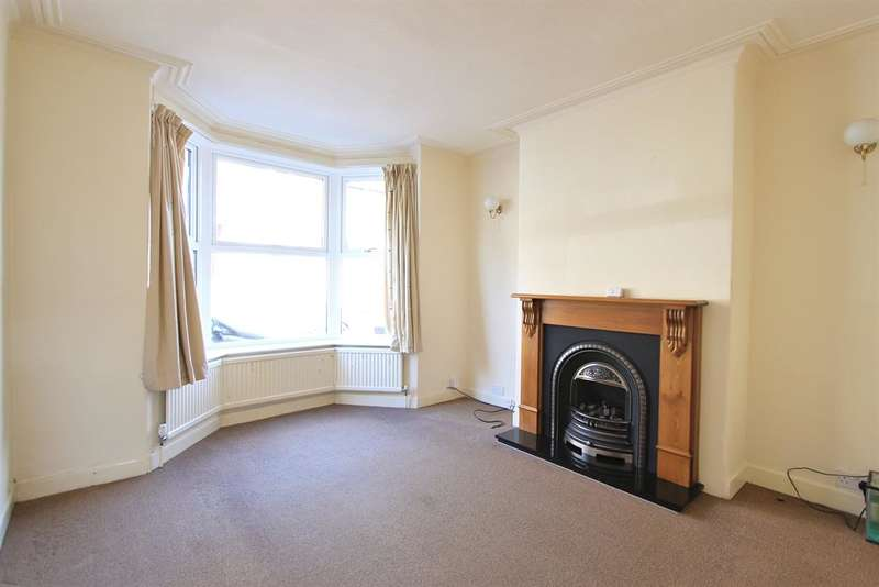 3 Bedrooms Terraced House for rent in Peveril Road, Sheffield, S11 7AQ