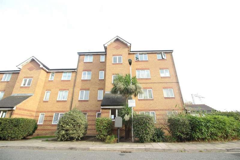1 Bedroom Flat for sale in Bream Close, London