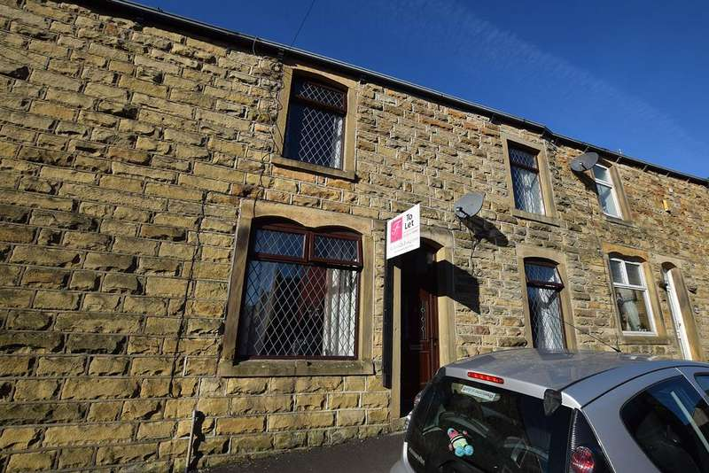 2 Bedrooms House for rent in Finsley Street , Briercliffe, Burnley BB10