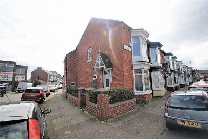 5 Bedrooms Terraced House for sale in Crescent Road, Middlesbrough