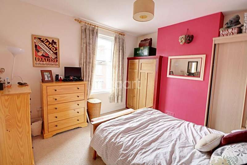 3 Bedrooms Terraced House for sale in Glentworth Road, Radford
