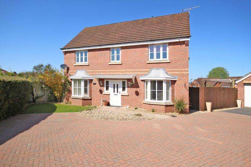 5 Bedrooms Detached House for sale in SOUTH CITY