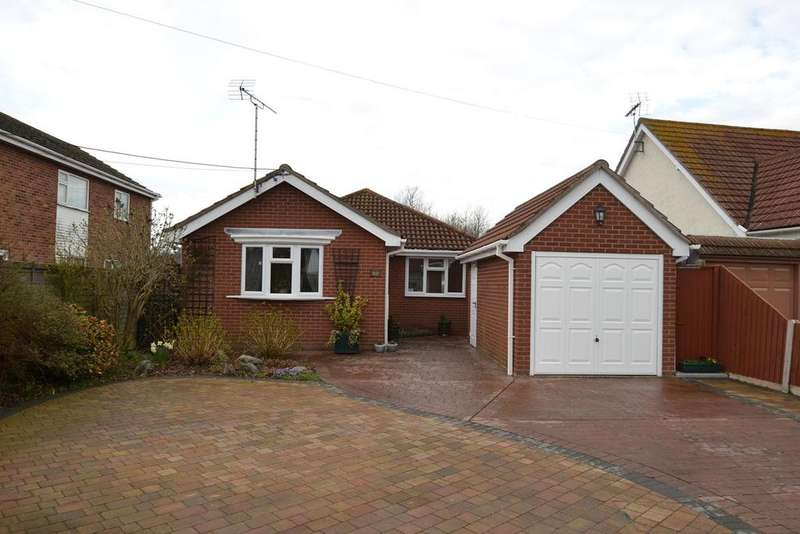 3 Bedrooms Detached Bungalow for sale in Halstead Road, Kirby Cross, Frinton-on-Sea, CO13