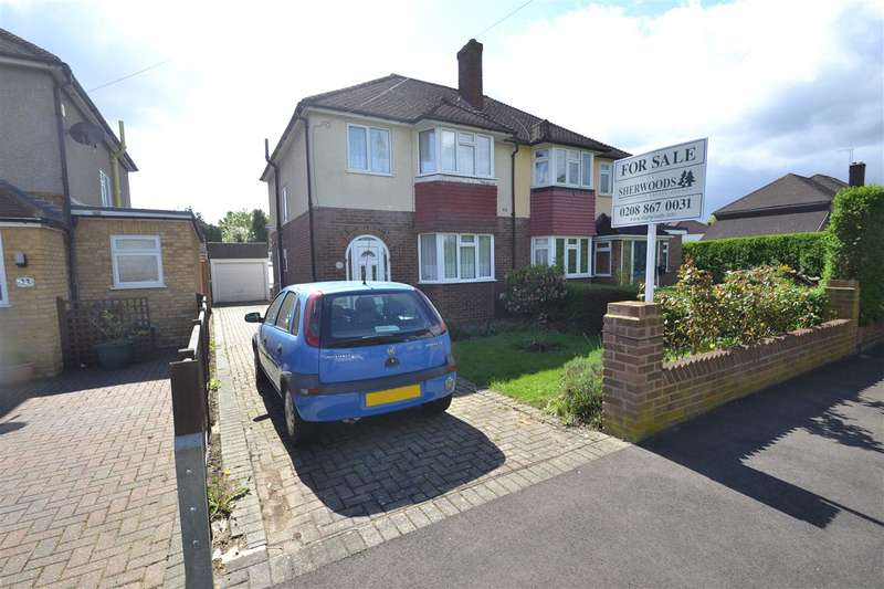 3 Bedrooms Semi Detached House for sale in Benedict Drive, Bedfont