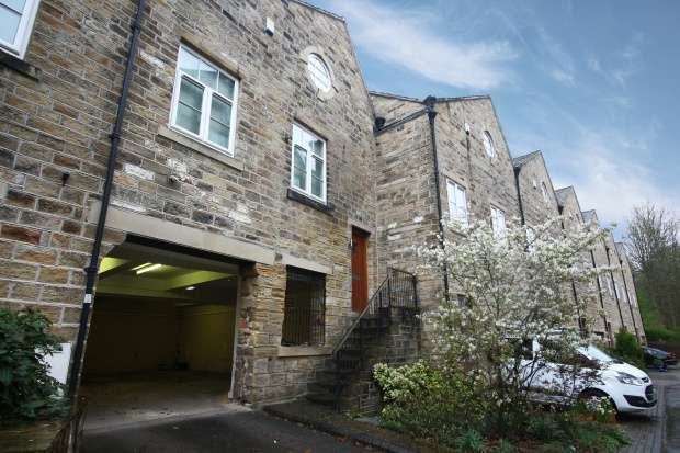 4 Bedrooms Terraced House for sale in Wildspur Mills, Holmfirth, West Yorkshire, HD9 7BA