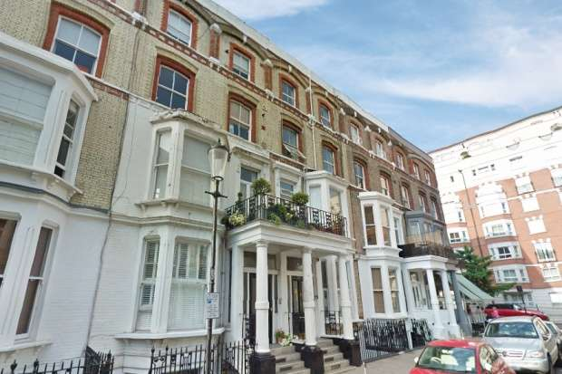 2 Bedrooms Flat for sale in Cheniston Gardens, London, Greater London, W8 6TQ