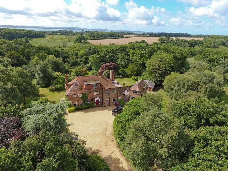 5 Bedrooms Country House Character Property for sale in Lepe Road, Lepe, Nr Exbury, SO45