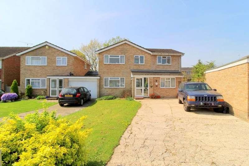 4 Bedrooms Link Detached House for sale in Streatfeild , Edenbridge TN8