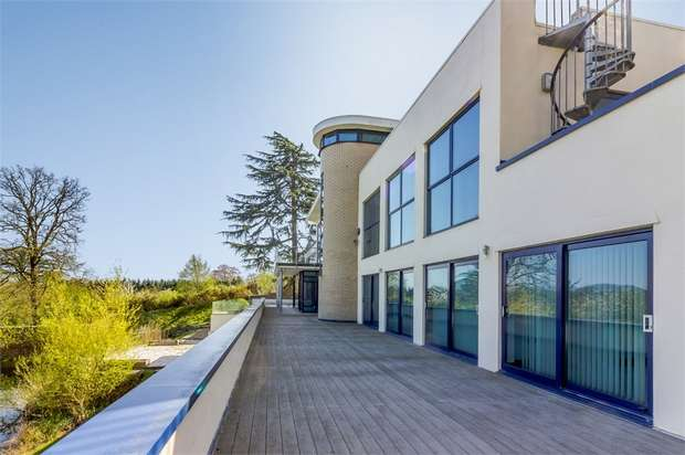 7 Bedrooms Detached House for sale in Snelsmore, Common, Newbury, Berkshire