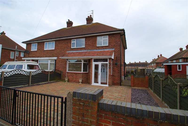 4 Bedrooms Semi Detached House for sale in Count Alan Road, Winthorpe, Skegness