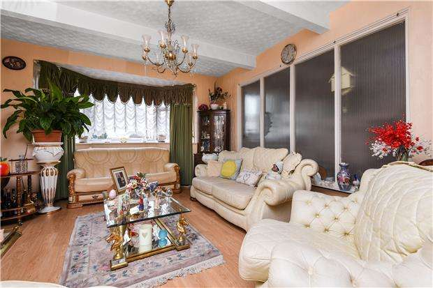 5 Bedrooms Terraced House for sale in Green Lane, LONDON, SW16