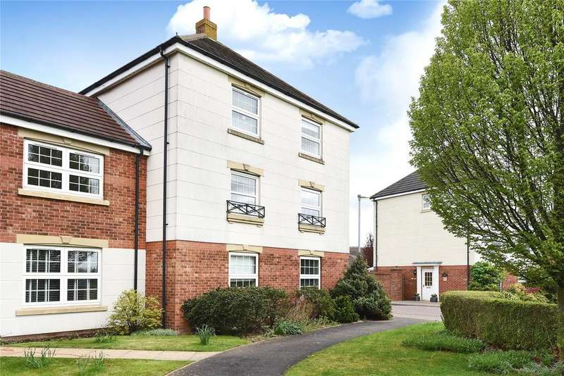 4 Bedrooms Link Detached House for sale in Carlton Boulevard, Lincoln, LN2