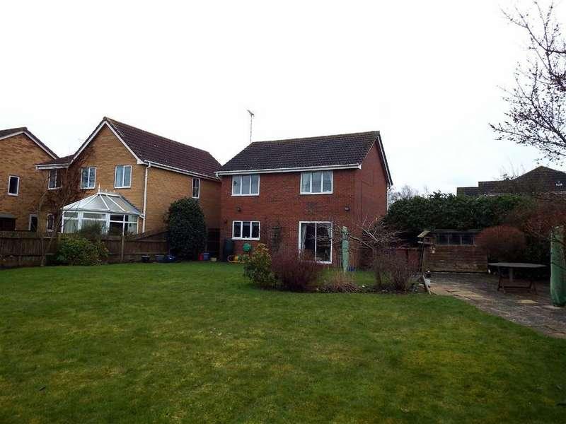 4 Bedrooms Detached House for sale in Manchester Close, Stevenage, Hertfordshire, SG1