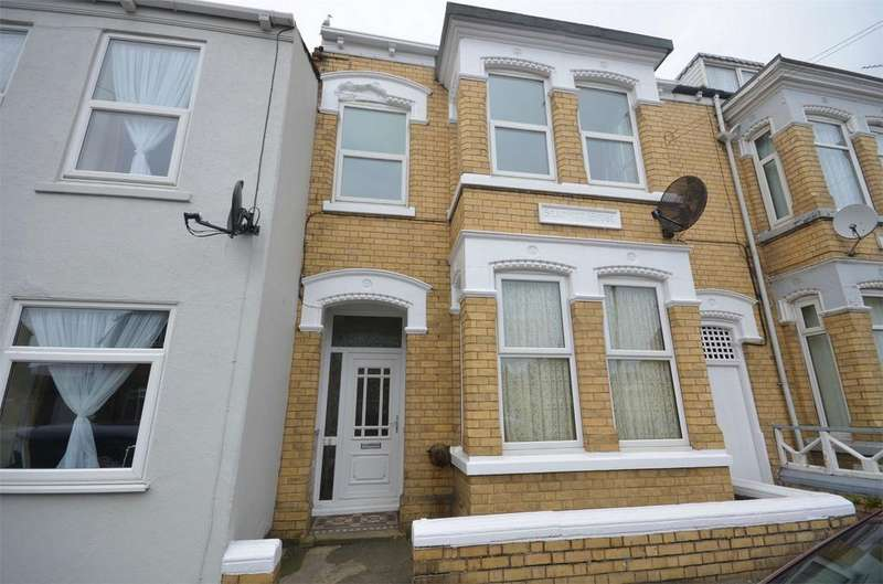 3 Bedrooms Maisonette Flat for rent in Arthur Street, WITHERNSEA, East Riding of Yorkshire