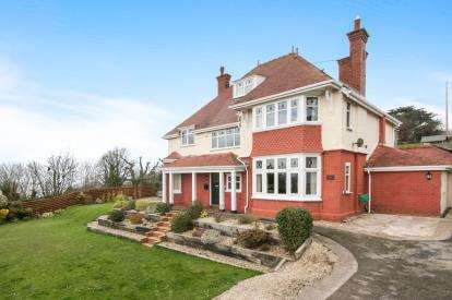 5 Bedrooms Detached House for sale in Peulwys Lane, Old Colwyn, Colwyn Bay, Conwy, LL29