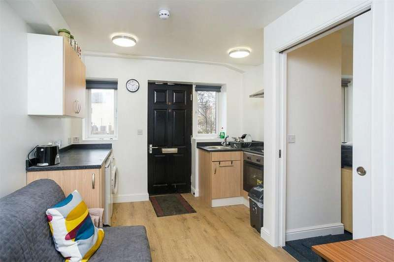 1 Bedroom House Share for rent in 245 Queen Street, Withernsea, East Riding of Yorkshire