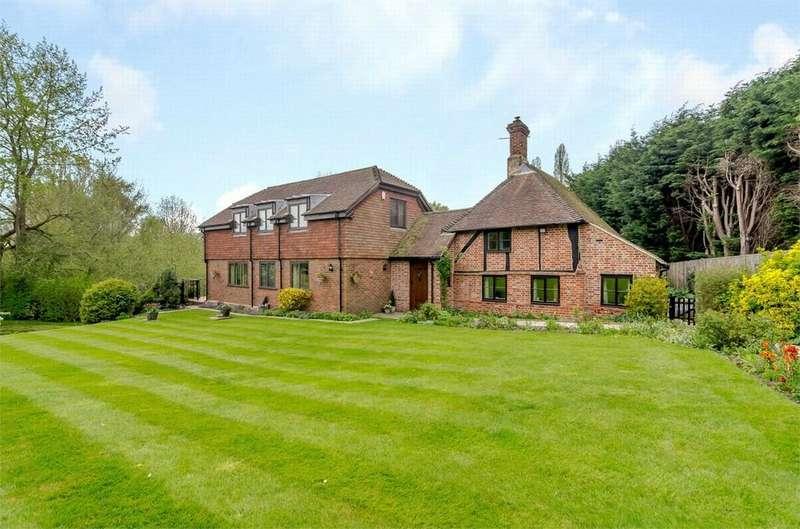 5 Bedrooms Detached House for sale in Shorne, Kent