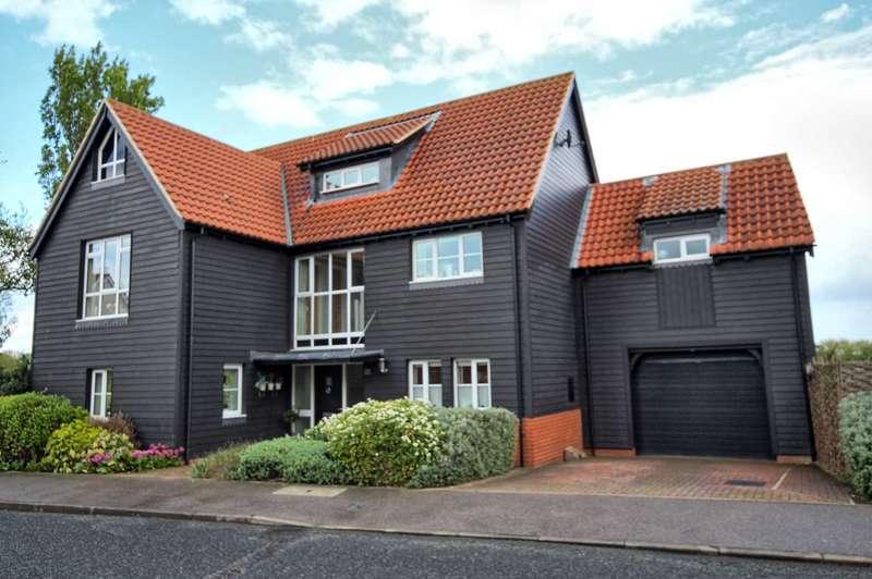 5 Bedrooms Detached House for sale in Eastfield Road, Noak Bridge