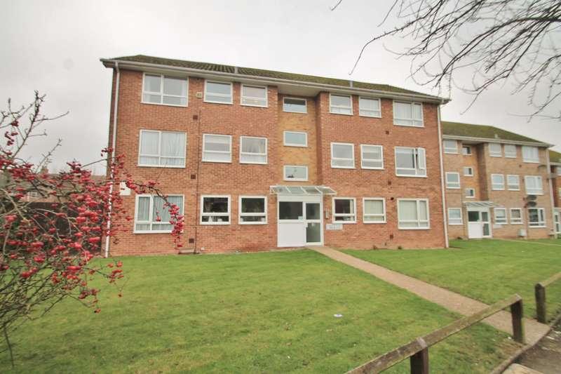 2 Bedrooms Flat for sale in Vigilant Way, Gravesend, DA12 4PJ