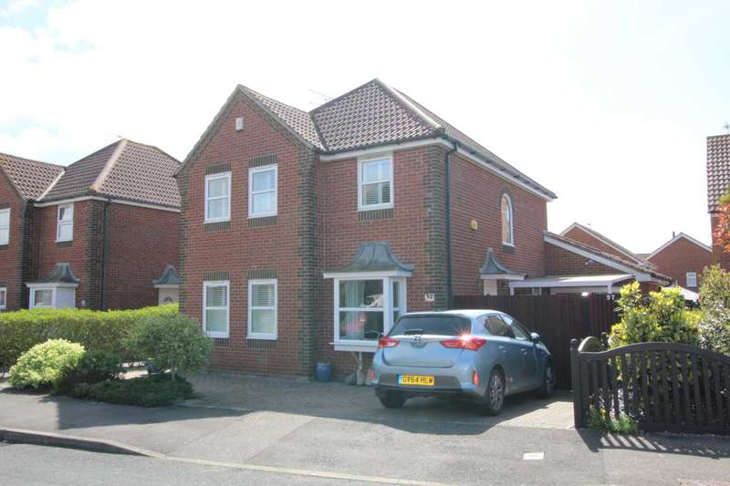 4 Bedrooms Detached House for sale in Rotherfield Avenue, Eastbourne, BN23 8JZ