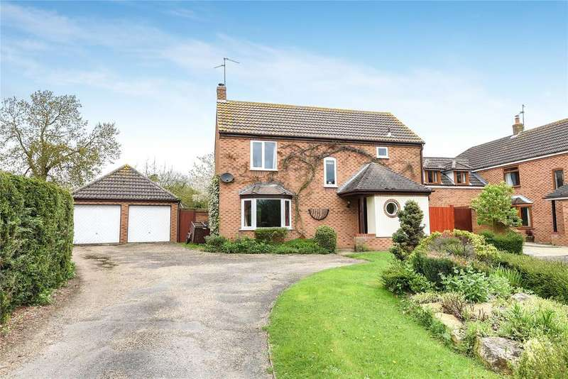 4 Bedrooms Detached House for sale in Churchfields Road, Folkingham, NG34