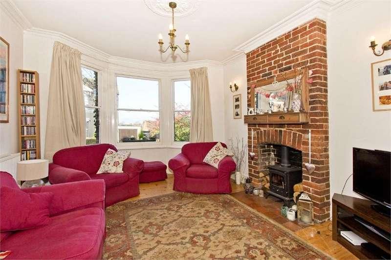 4 Bedrooms Semi Detached House for sale in Weald View Road, Tonbridge, Kent