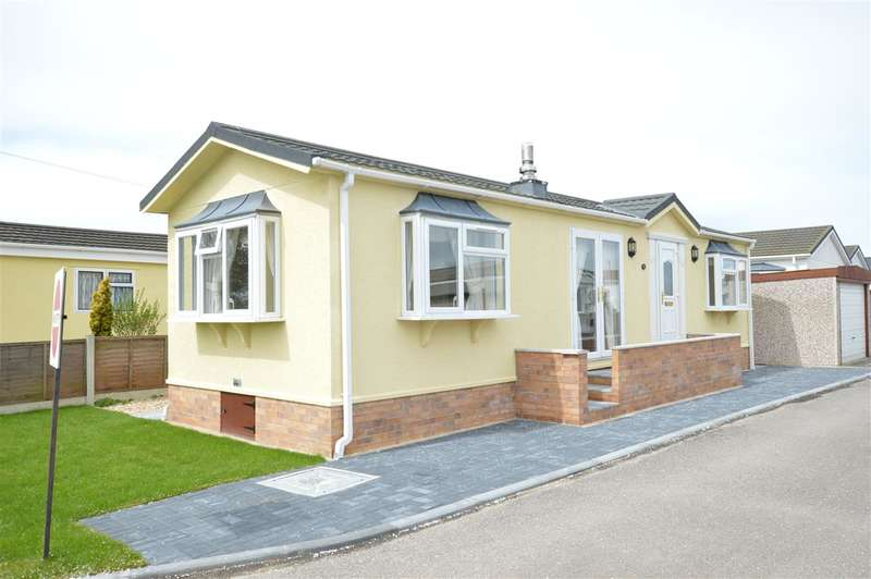 2 Bedrooms Park Home Mobile Home for sale in Braemar Park, Kirkby Green