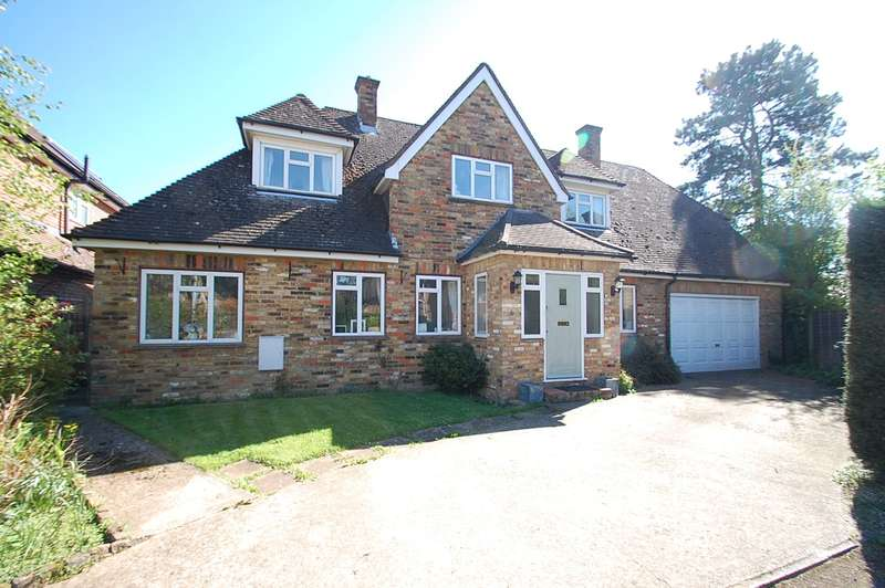 4 Bedrooms Detached House for sale in Pinetree Close, Chalfont St. Peter, SL9