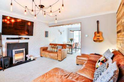 3 Bedrooms Semi Detached House for sale in Printers Fold, Burnley, Lancashire