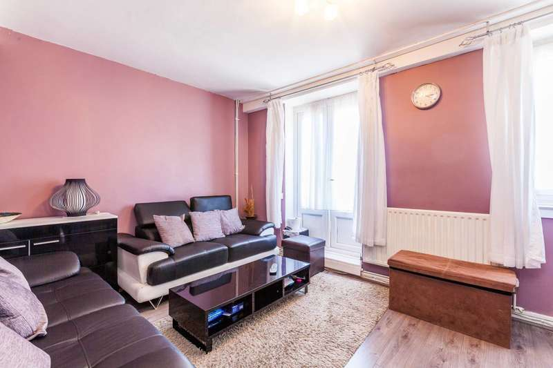 3 Bedrooms Flat for sale in Mace Street, Bethnal Green, E2