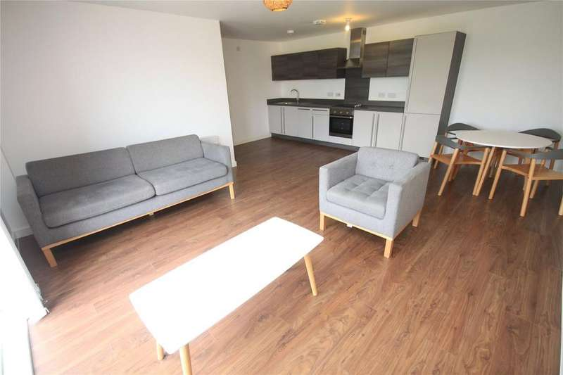 3 Bedrooms Flat for rent in The Riverside, Lowry Wharf, Derwent Street, Salford, M5