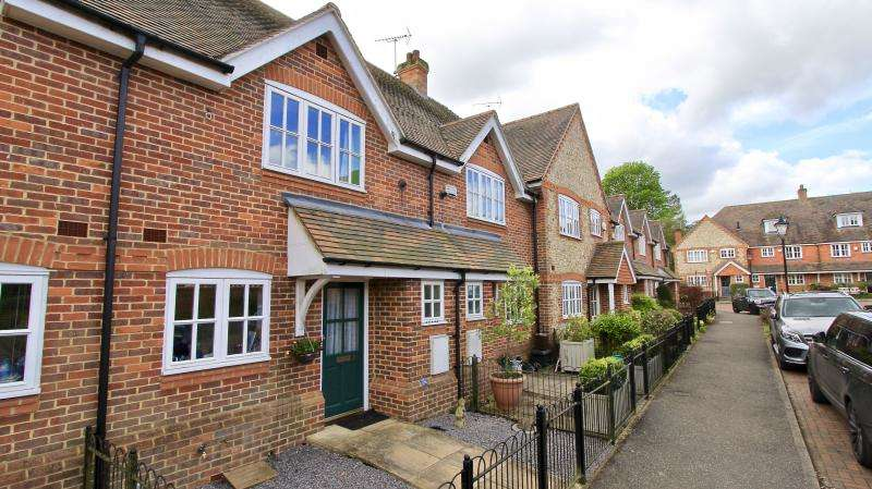 2 Bedrooms Terraced House for sale in Wrights Yard, Great Missenden HP16
