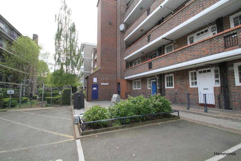 3 Bedrooms Flat for sale in Bow Road, London