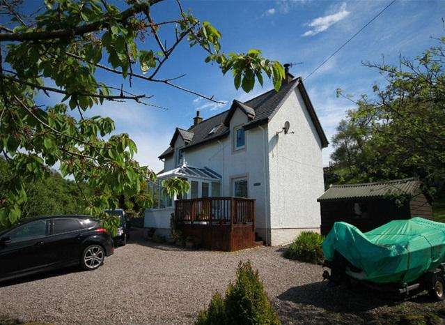 3 Bedrooms Detached House for sale in Jura View, Tayvallich, By Lochgilphead, PA31 8PN