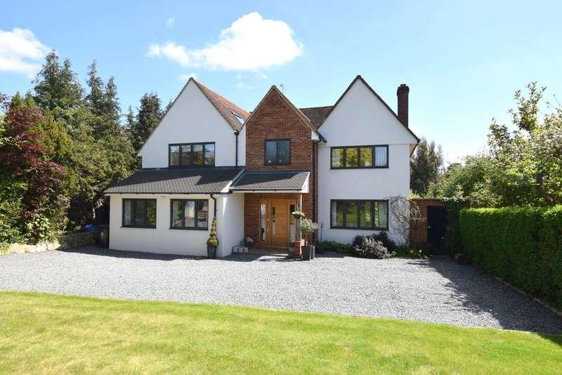 5 Bedrooms Detached House for sale in Green Lane, Burnham, SL1