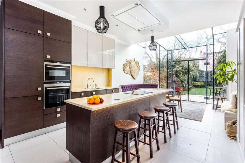 5 Bedrooms Terraced House for sale in Broadhinton Road, Clapham, SW4